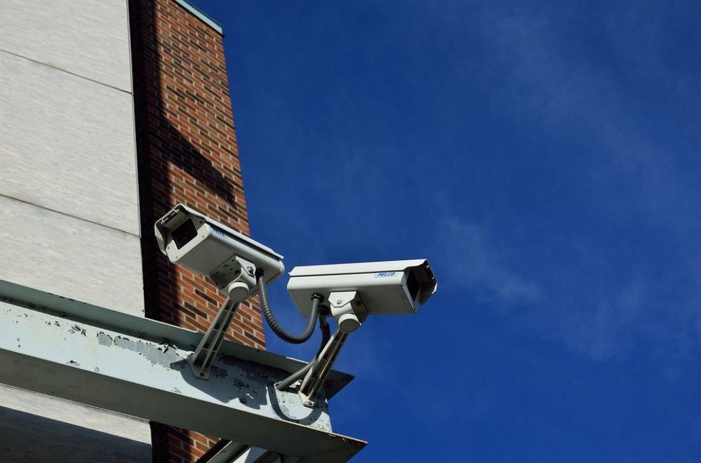 Quais as diferenças entre câmeras IP e HD?