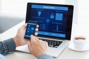 Ativar alarme pelo celular: proteja a sua casa ou empresa de onde estiver